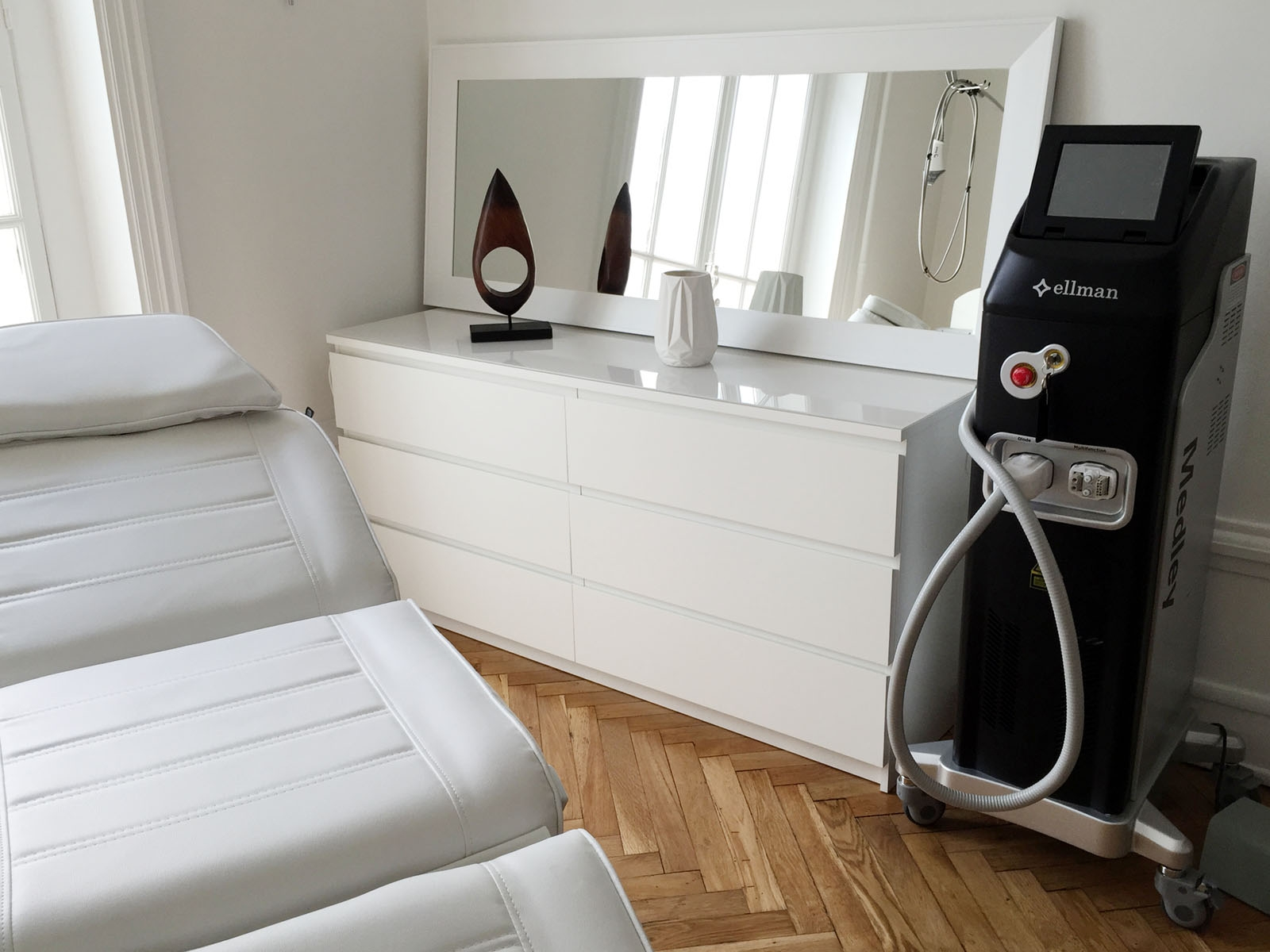 epilation laser lyon au centre neodermage. Black Bedroom Furniture Sets. Home Design Ideas
