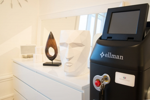 visitez neodermage lyon centre de beaut et de m decine anti ge. Black Bedroom Furniture Sets. Home Design Ideas